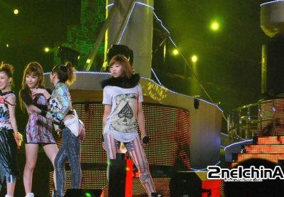 2NE1's FIRST CONCERT