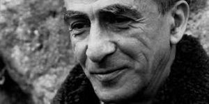 Kateb Yacine un écrivain qui pourfend la censure.