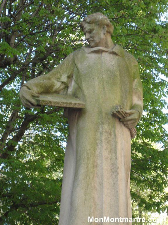 Les statues de Montmartre