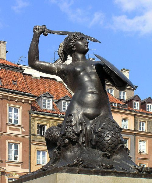 Como el fènix ... Varsovia resurgiò de sus cenizas