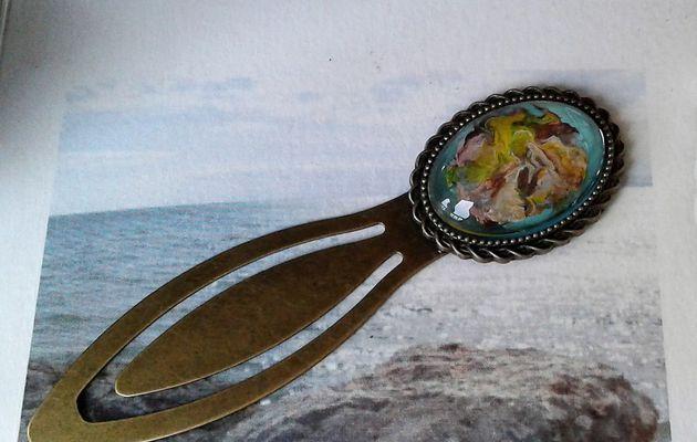 art nouveau,peint par artiste,marque page bronze,cabochon verre ovale 18x25mm,accessoire boheme gothique victorien hippie romantique,roman lecture livre litterature,vert bleu marron jaune,rose orange mauve gris