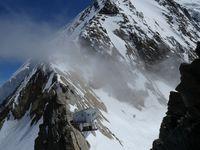 Alpinisme : Täschhorn 4491 m - but à 4200 m sur une magnifique arête