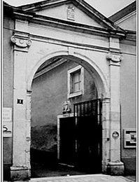 Un blason témoin de l'histoire du prieuré