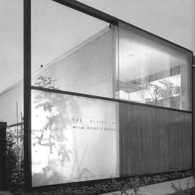 """WILLIAM S. BECKETT ARCHITECTURE OFFICE IN LOS ANGELES (1950) : PHOTOGRAPHY BY JULIUS SHULMAN / """"CLASSIC NOW"""""""
