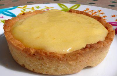 Délicieuses tartelettes au citron, avec une touche de praliné