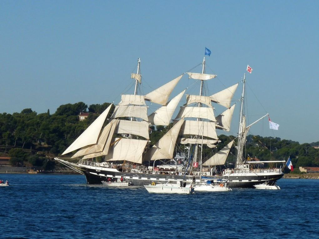 BELEN , appareillant de Toulon le30 septembre 2013