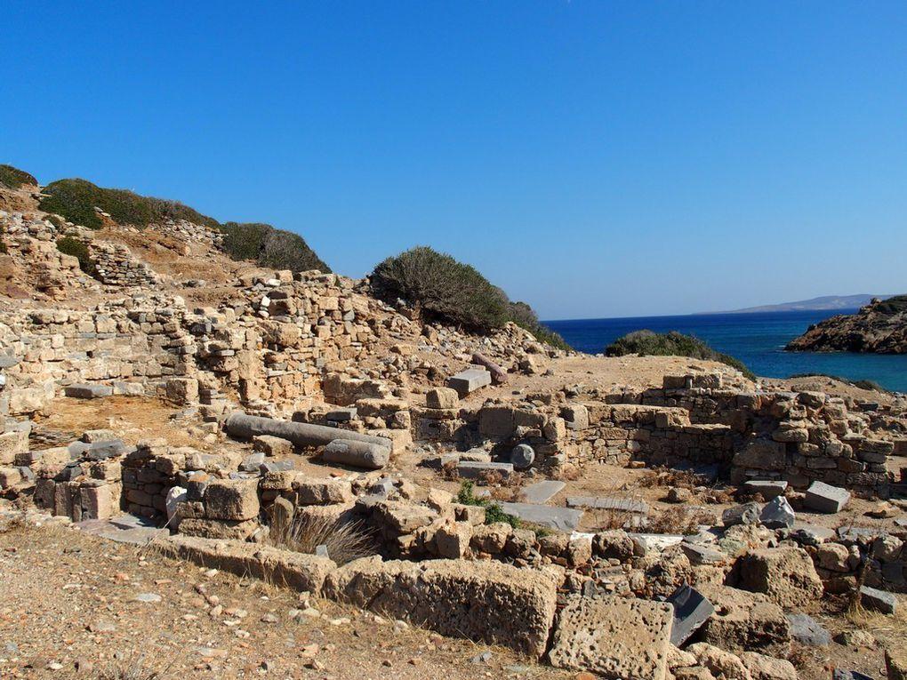 Montera ...montera pas ?   finalement on monte pour voir la cité antique d'Itanos d'en haut ...