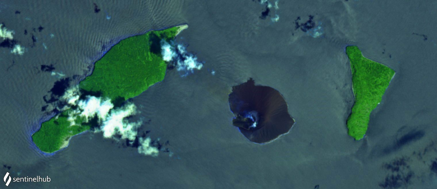 Anak Krakatau - image Sentinel-2 L1C bands 12,11,4 / 18.11.2020 - in click to enlarge