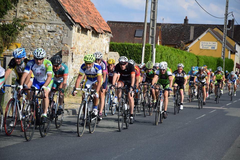 Album photos des courses UFOLEP 3 et GS de Notre Dame de l'Isle (27)