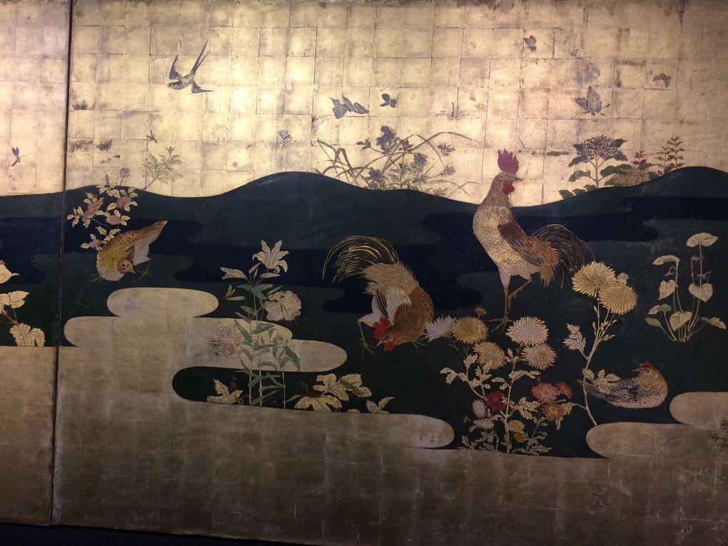 Eventail aux chats, natures mortes et autres tableaux dont son atelier et la place du Tertre