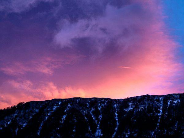 Les nuages rouges