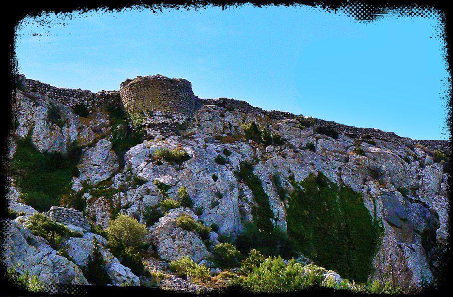 Diaporama village fortifié et château d'Opoul
