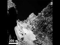 La comète Tchouri, des photos saisissantes et une densité proche de celle d'un bouton de liège