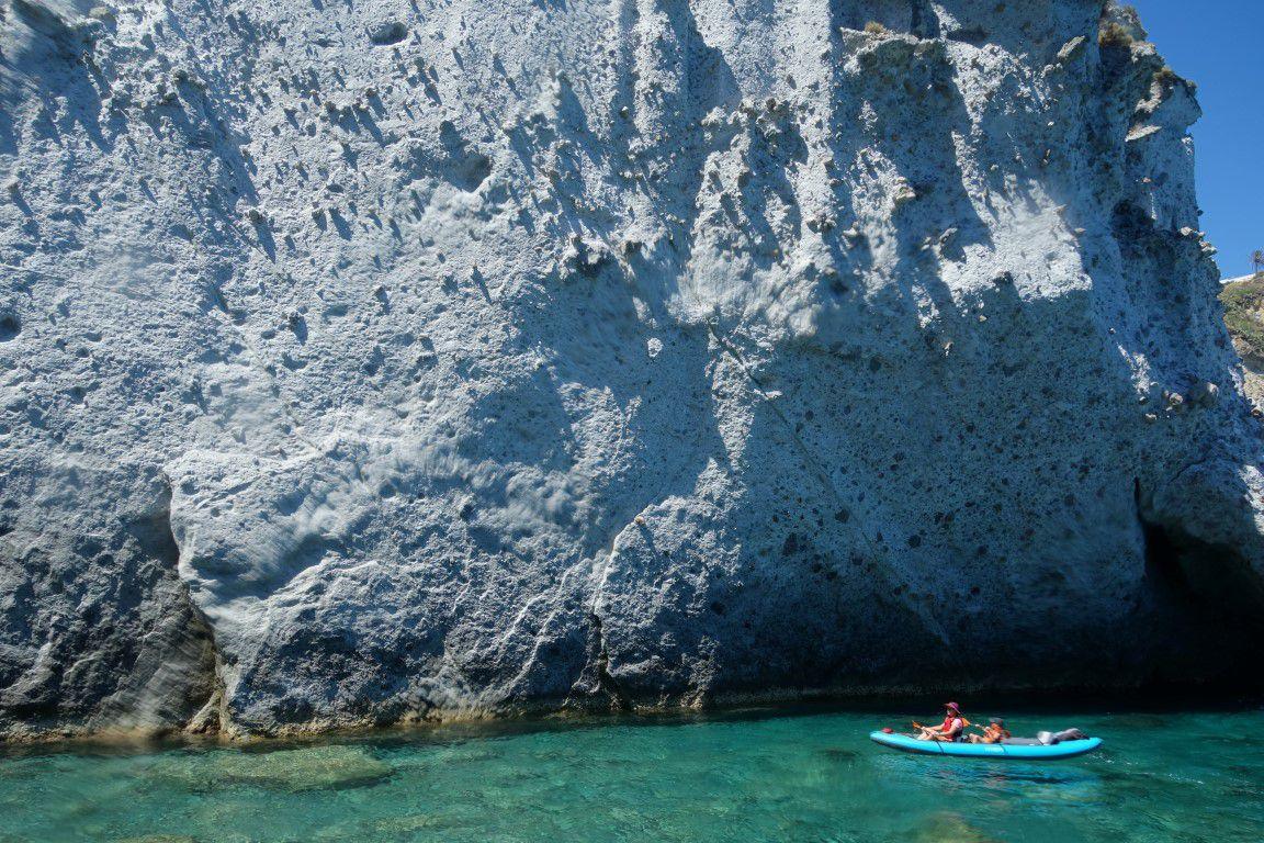de la grotta degli Smeraldi à l'arco del Parroco, par grottes et arches