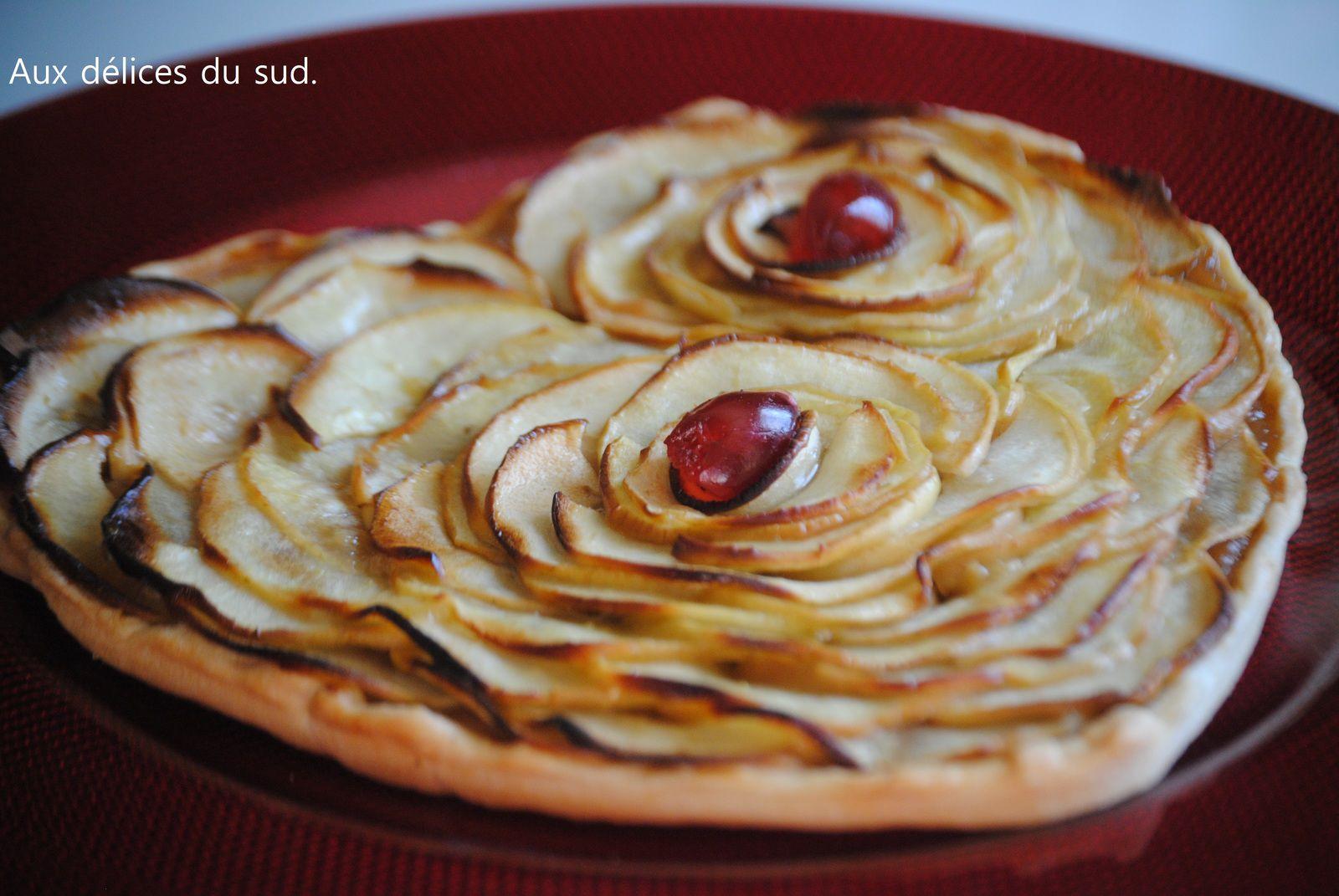 Tarte coeur aux pommes pour la Saint Valentin .