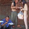 Edible Human Nature @ Yuechao Zhou. 2005. 3rd Dadao Live art Festival. Pékin. Chine