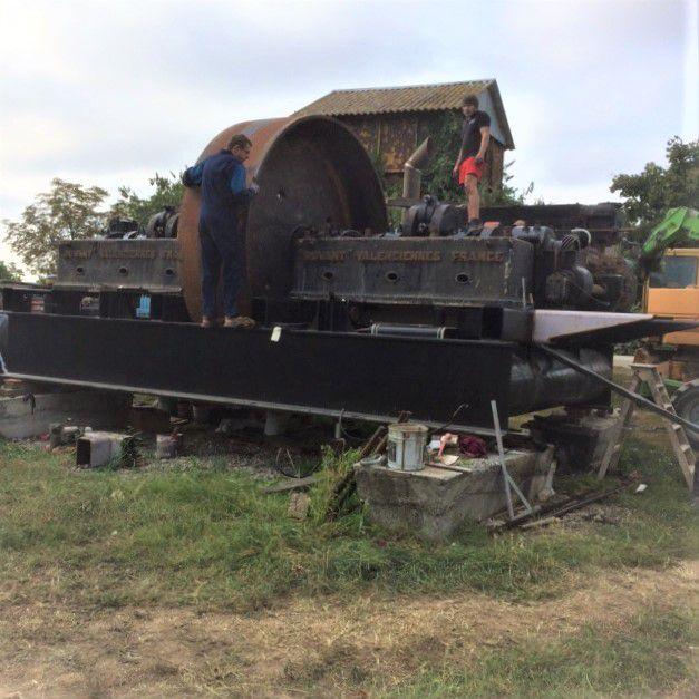 La résurrection du gigantesque moteur Duvant de Bougival.