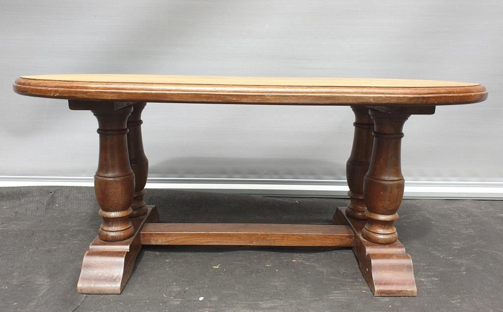 Table basse gothique Chêne massif bicolore - 90 euros