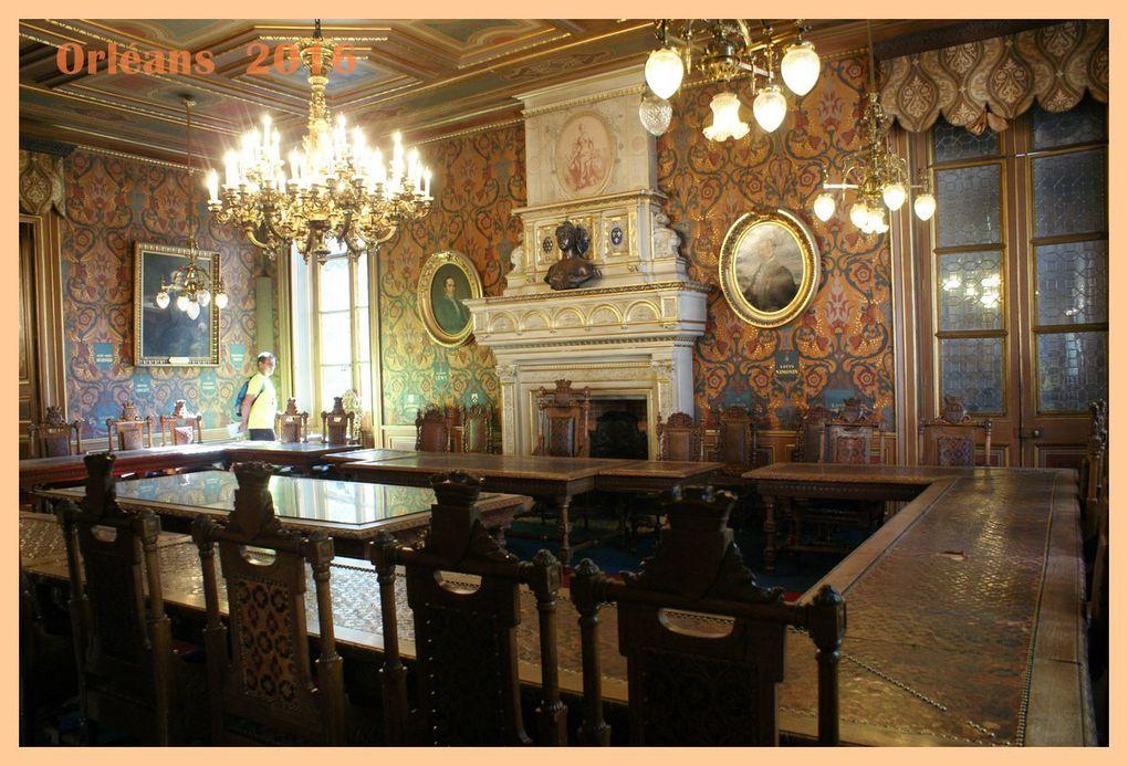 DIAPORAMA. Visite de l'Hôtel Groslot.