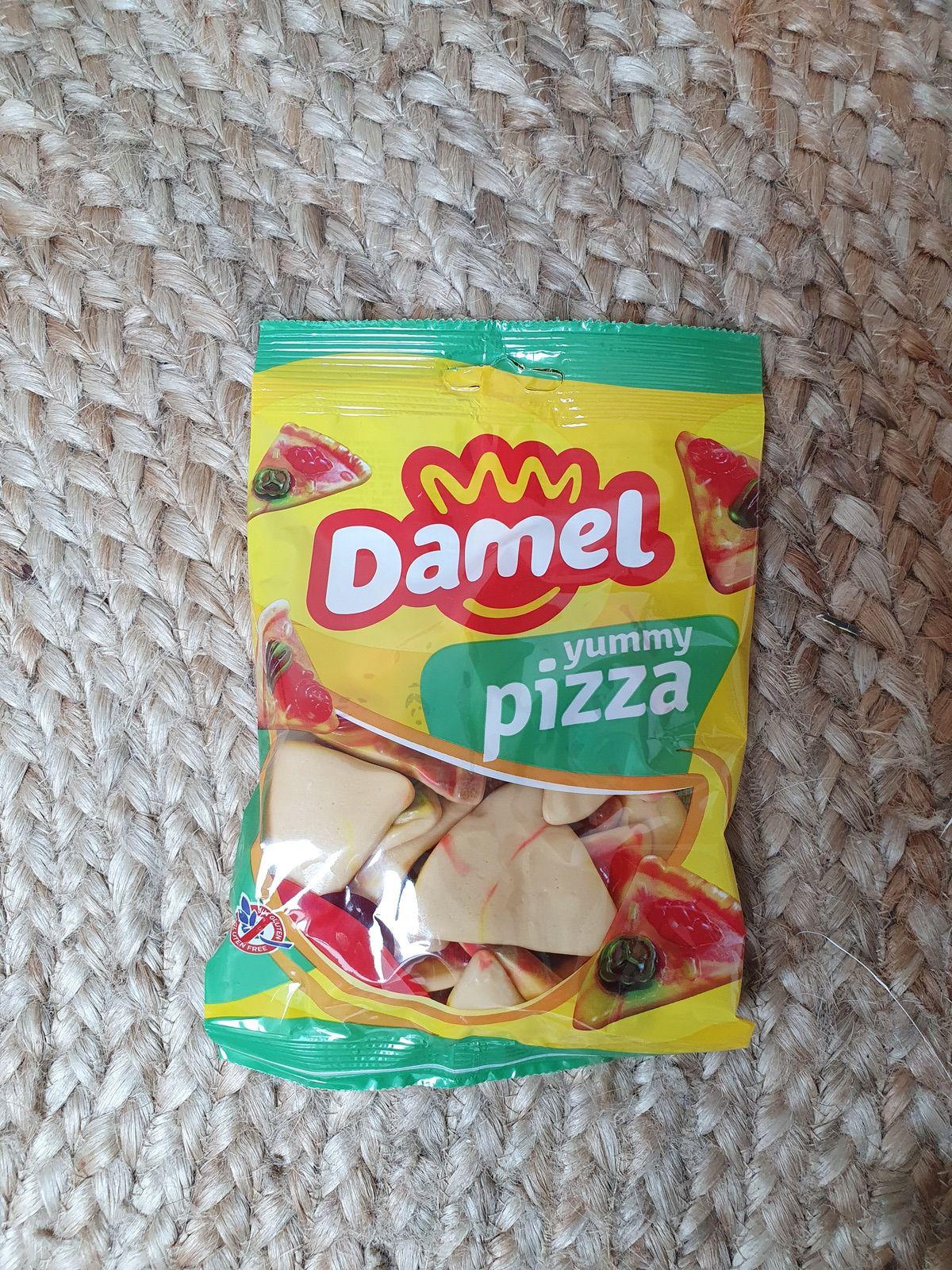 Un sachet de 150g de bonbons Damel yummy pizza. Ce sont des bonbons Halal, sans gluten et délicieusement gourmands.