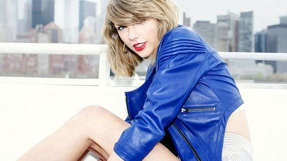 Out of the Woods : Taylor Swift