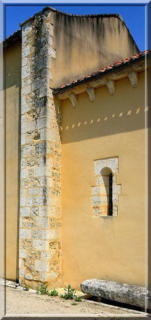 Diaporama église fortifiée de Angeduc