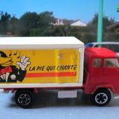 CAMION VOLVO F89 BONBONS LA PIE QUI CHANTE NOREV 1/90 - car-collector