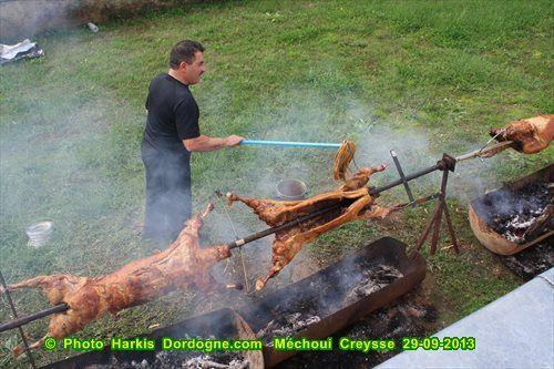 Méchoui de l'association,dimanche 14 Septembre 2014 à Creysse (24) près de Bergerac.
