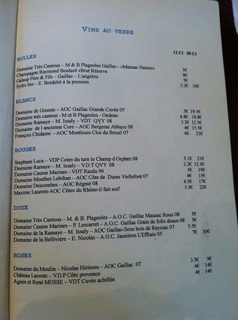 Compilation de photos et compte-rendu de notre visite au restaurant et bar à vin Vigne en Foule à Gaillac.