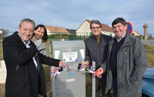 Inauguration de la borne de recharge pour véhicules éléctriques à Rai