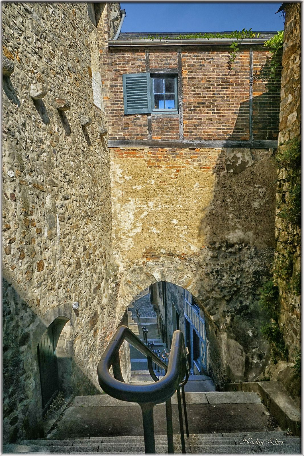Escalier de la grande Poterne de la rue de la Verrerie à la rue Saint-Pavin.