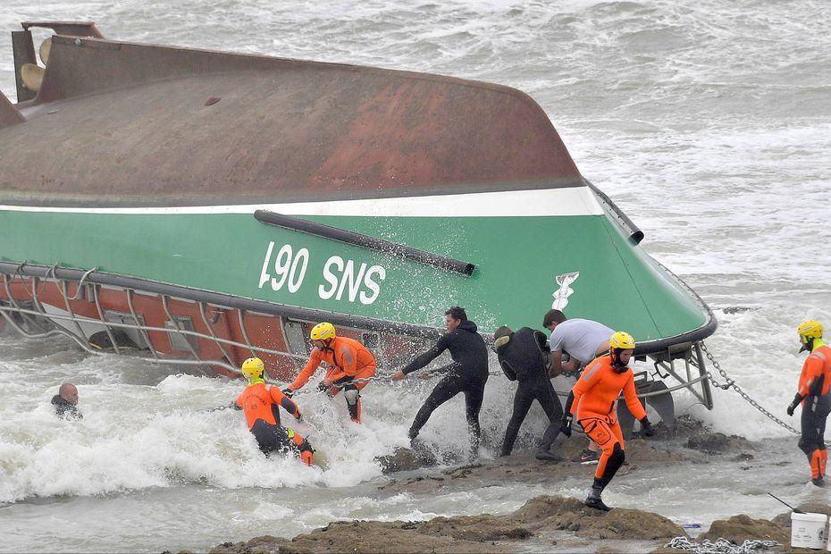 Naufrage d'un bateau de la SNSM aux Sables d'Olonne : la fragilité des vitres en cause