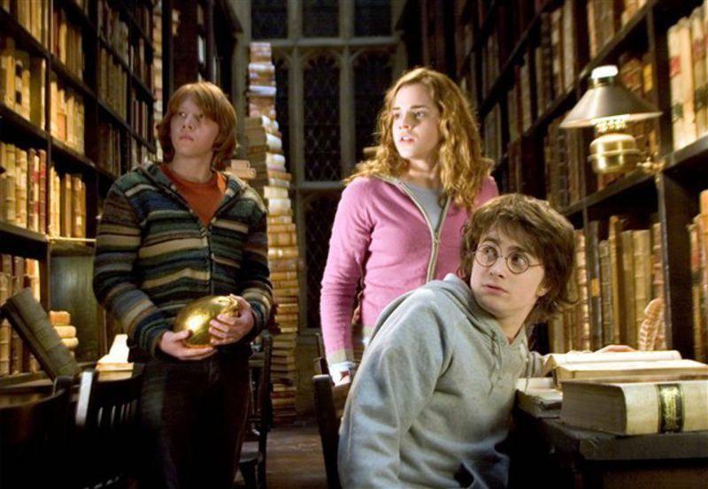 Harry Potter et la Coupe de Feu- Tome 4. J.K. ROWLING – 2014 (Dès 12 ans) + Film
