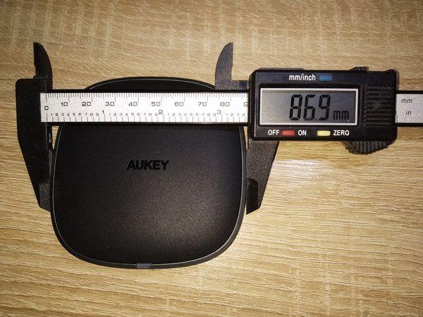 détails du chargeur sans fil par induction Qi 5 Watts - Aukey LC-C6 @ Tests et Bons Plans