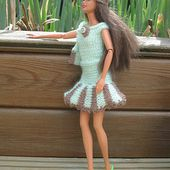 Chapeaux barbie en tricot ou crochet explications - Le blog de tricotdamandine.over-blog.com