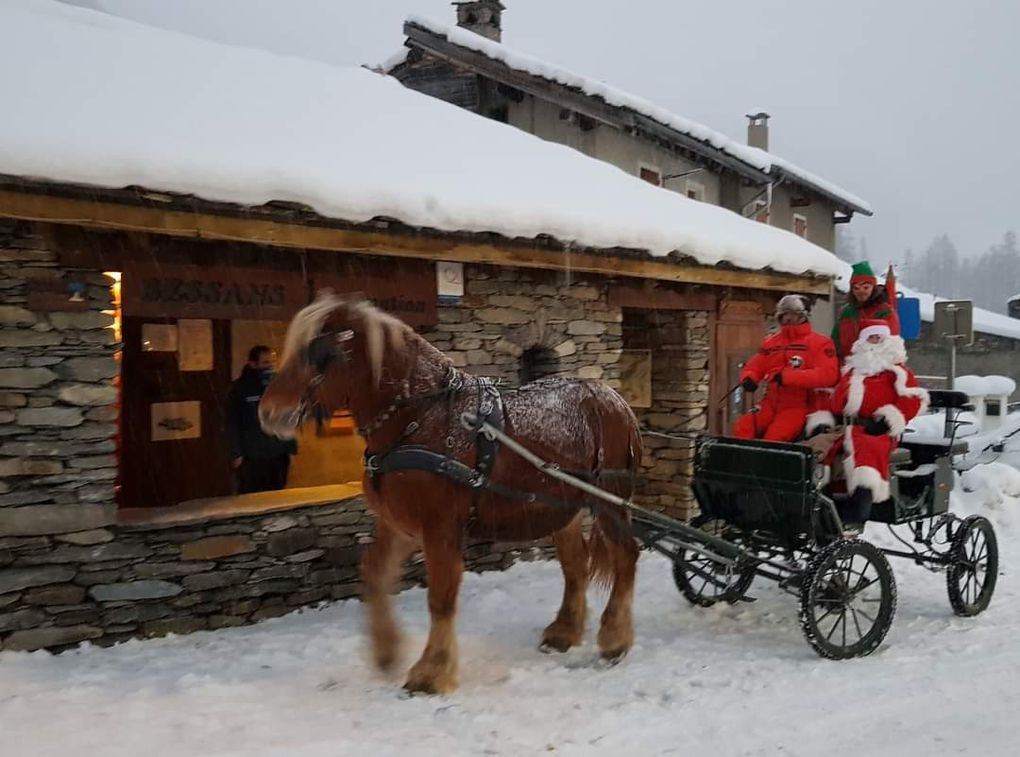 Bessans : le Père Noël de passage