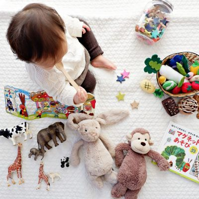Safe Infant Baby Toys That Can Help Them Develop