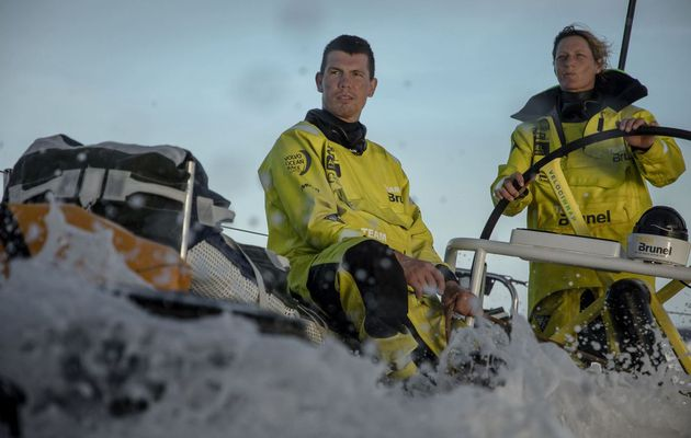 Leg 4 Volvo Ocean Race - A close game for the final 24 hours
