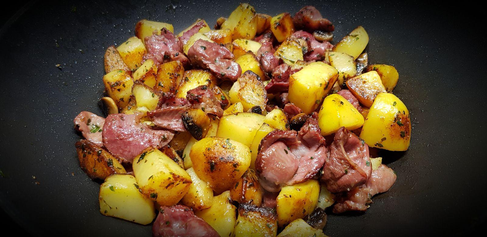 Poêlée de pommes de terre aux gésiers de poulet