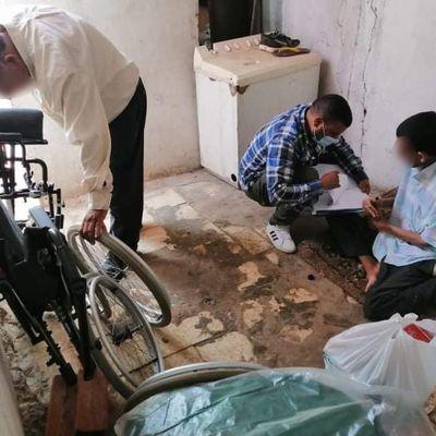 12092021 - 3 fauteuils roulants distribués à Sidi Bouzid