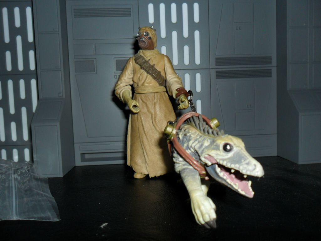 Collection n°182: janosolo kenner hasbro - Page 17 Image%2F1409024%2F20201221%2Fob_c033e7_tusken-massiff