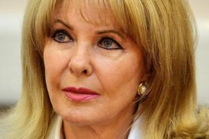 Profumo affair's Mandy Rice-Davies dies at the age of 70