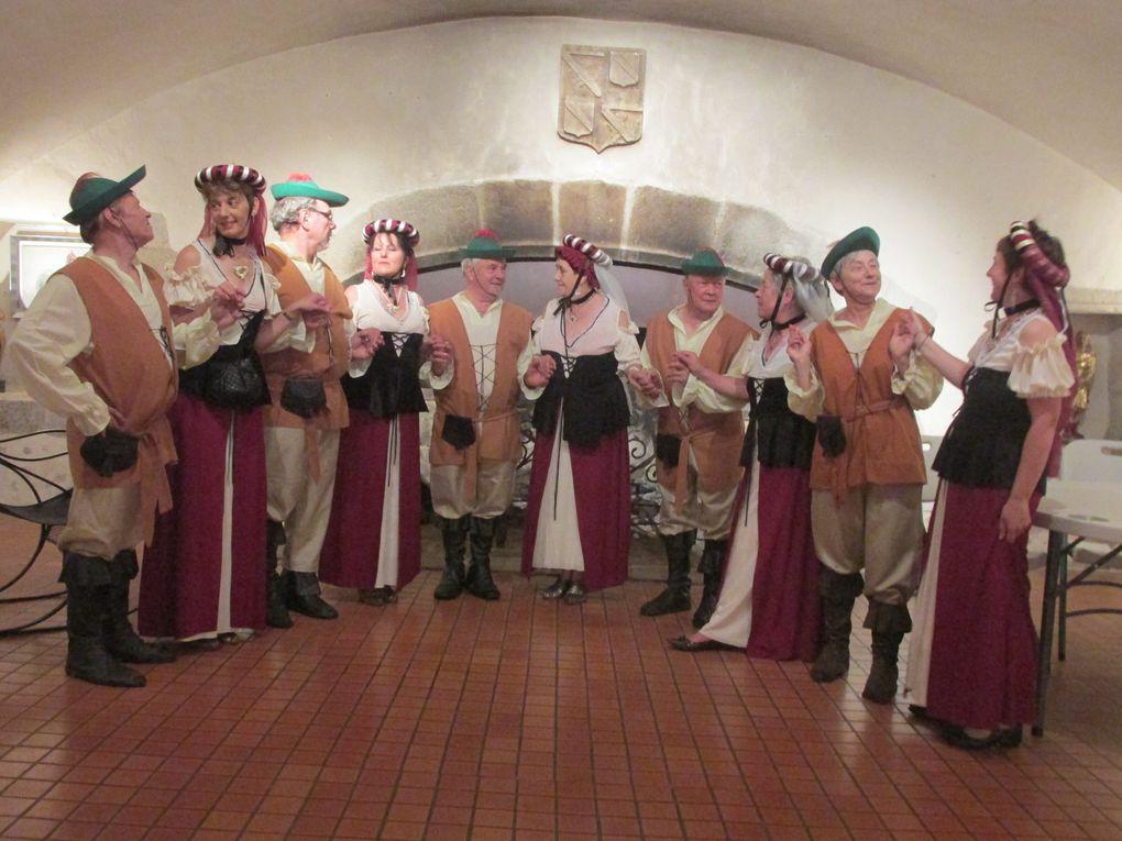 Danses Médiévales au Château de Vollore Ville, le 16 Juillet 2014