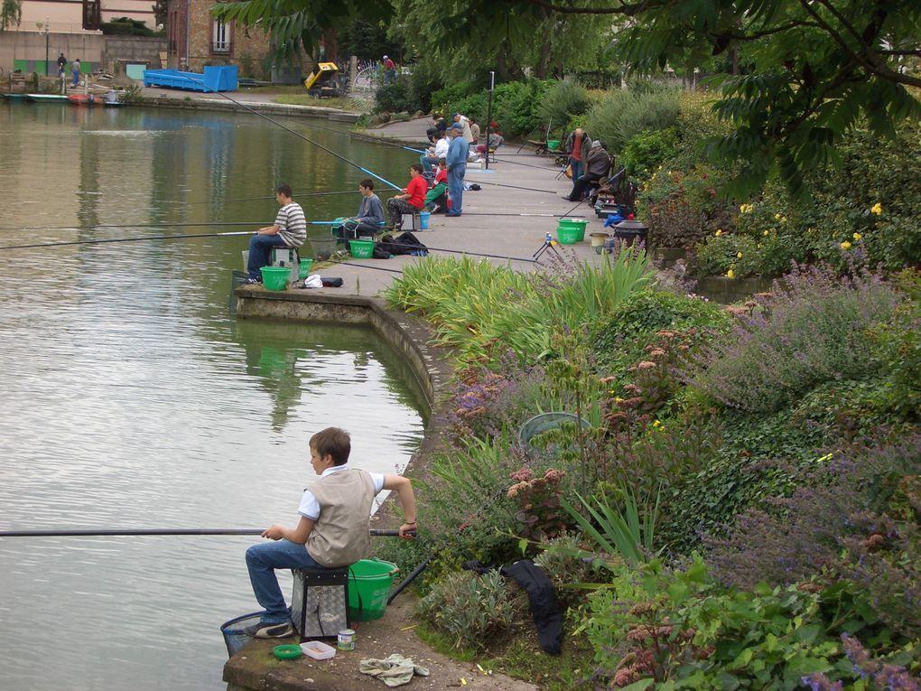 Photos de l'école de pêche a travers les années.