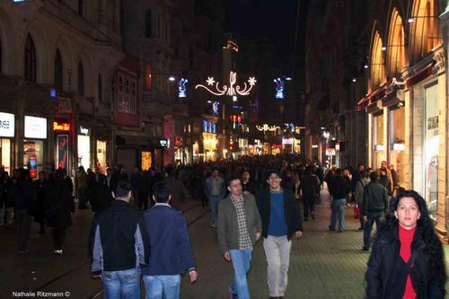 Une nouvelle figure d'Istiklal Caddesi à Istanbul