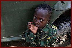 Mali : les forces françaises face aux enfants soldats