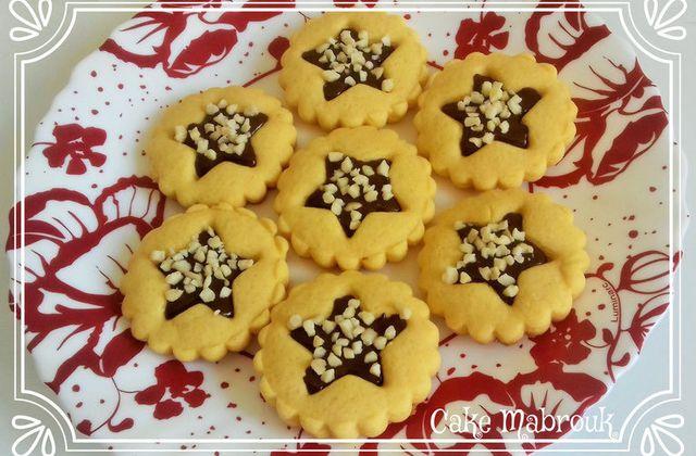 Tartelettes étoiles au chocolat et amande concassées