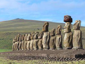 ILE DE PAQUES : La carrière des Moaïs