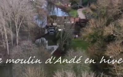 Le moulin d'Andé vu du ciel en hiver