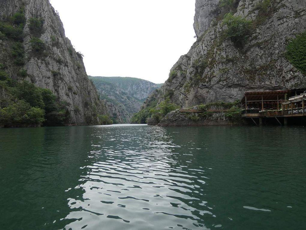 Lac Matka: canion de Matka et grottes de Vrelo